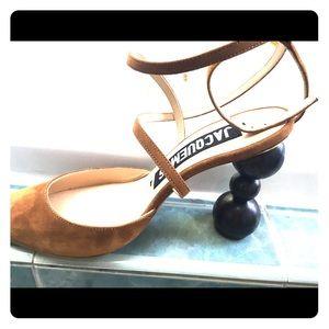 Jacque is suede heels sz 39